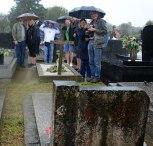 Wir blieben im strömenden Regen nicht lang am Grab von Ivan Jalševac. Stattdessen flüchteten wir uns in die Kirche