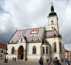 Die Markuskirche in Zagreb mit dem prächtigen bunten Ziegeldach.