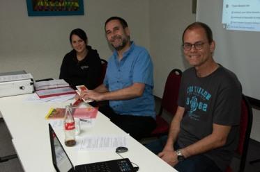 Melanie, Günter und Henning geben ihren Vorstandsbericht ab.